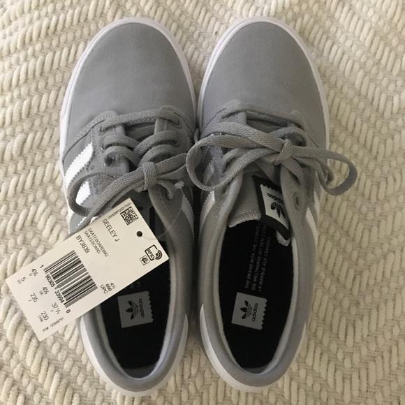 adidas originals seeley bianca sneakers